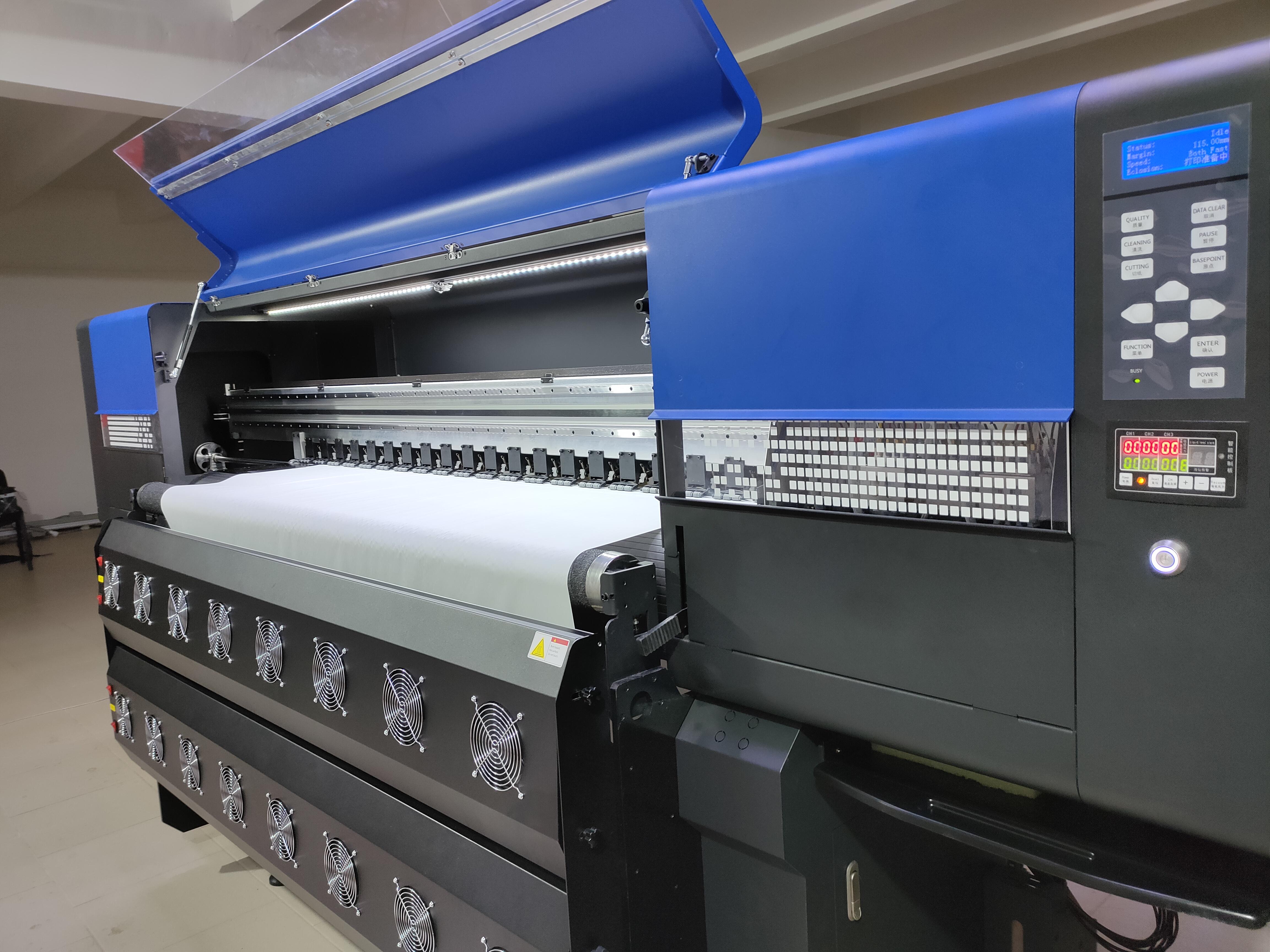 На прошлой неделе мы посетили нашего клиента, у которого принтер  IN1808-TX отпечатал 50,000 п.м. без единой поломки!